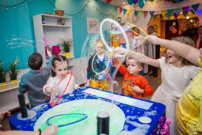Шоу мыльных пузырей для детей и взрослых в Санкт-Петербурге (СПб)